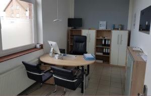 emy_office_1